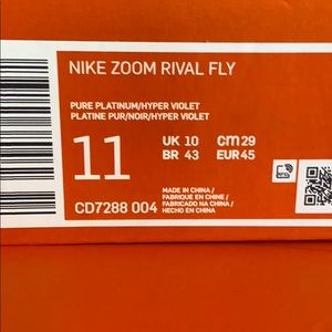 Nike Shoes - NWT Nike Zoom Rival Fly